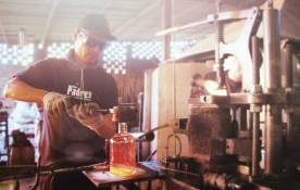 Padre Azul special glass bottles production.